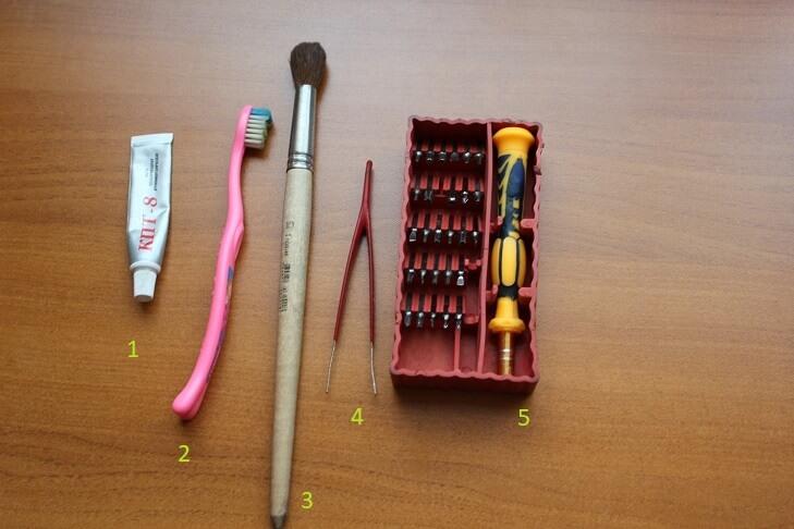 Инструменты для чистки ноутбука